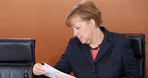 <!--:uk-->Ангела Меркель побеждает русского медведя в сражении за Европу («The Guardian», Великобритания) <!--:--><!--:ru-->Ангела Меркель побеждает русского медведя в сражении за Европу («The Guardian», Великобритания) <!--:-->