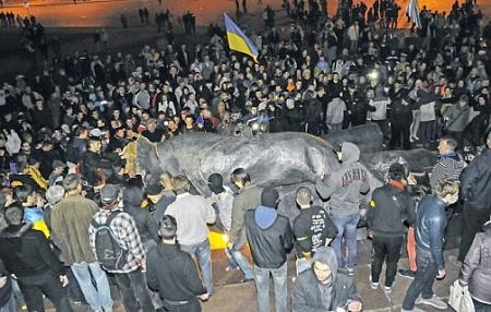 <!--:uk-->Харьков снова превращается в столицу<!--:--><!--:ru-->Харьков снова превращается в столицу<!--:-->